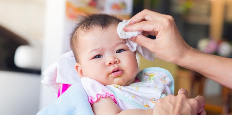Atasi biang keringat pada bayi